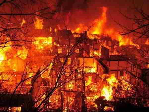 Việc mơ thấy nhà cháy là điềm báo may mắn hay xui xẻo?