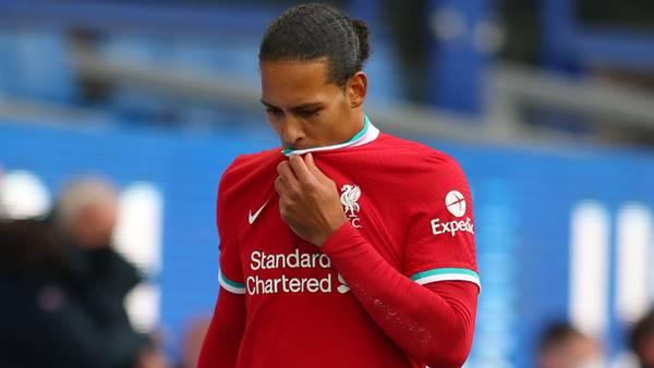 Liverpool nhớ Van Dijk vì tấn công hơn là phòng ngự