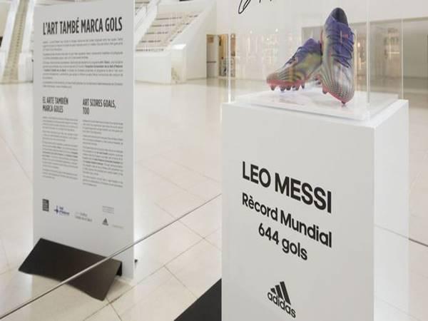 Bóng đá QT chiều 16/4: Messi bán đấu giá đôi giày phá kỷ lục ghi bàn