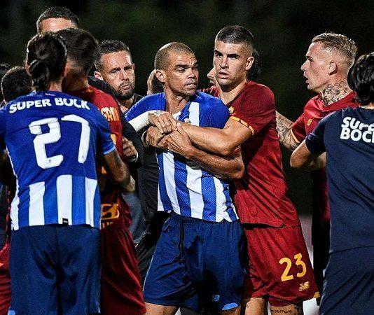 Tin bóng đá 29/7: Pepe ẩu đả với cầu thủ AS Roma trong trận giao hữu