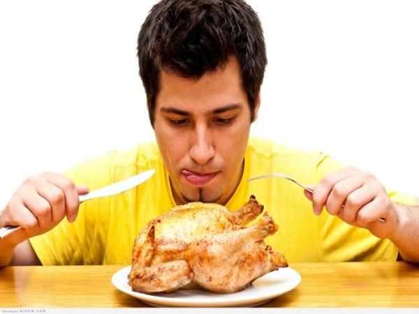 Mơ thấy ăn thịt gà đánh con gì?